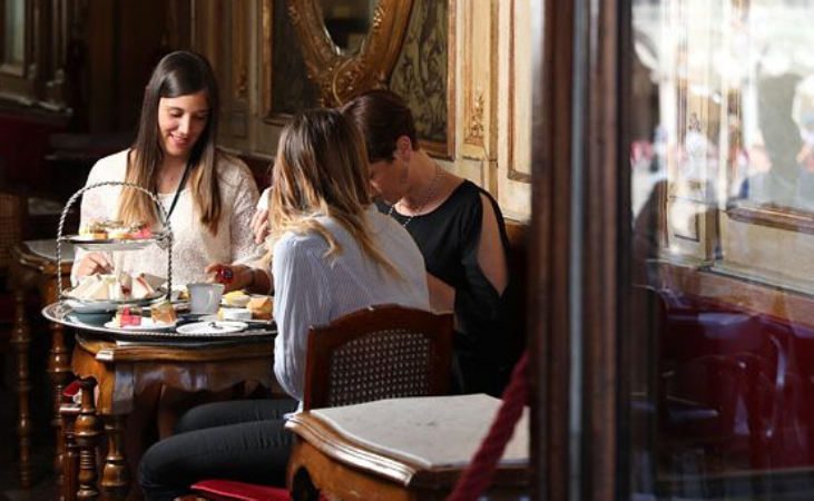 Afternoon tea al Florian tra amiche