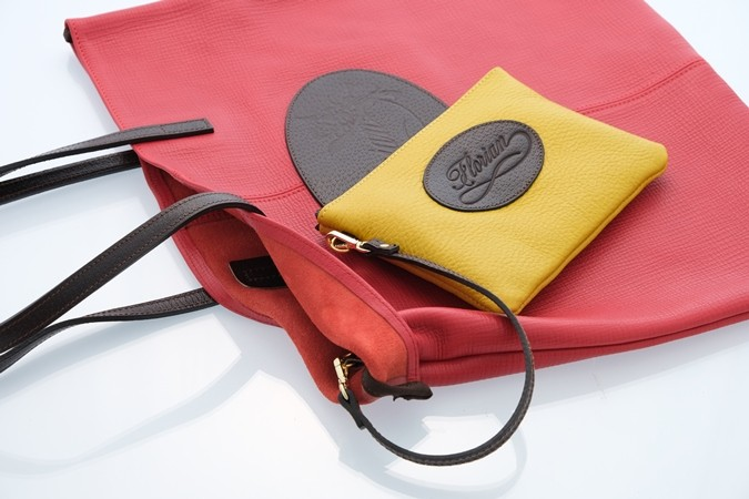 leather shopping bag with pouch